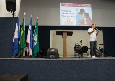 Palestra para pais, educadores e alunos na Escola Estadual em Linhares