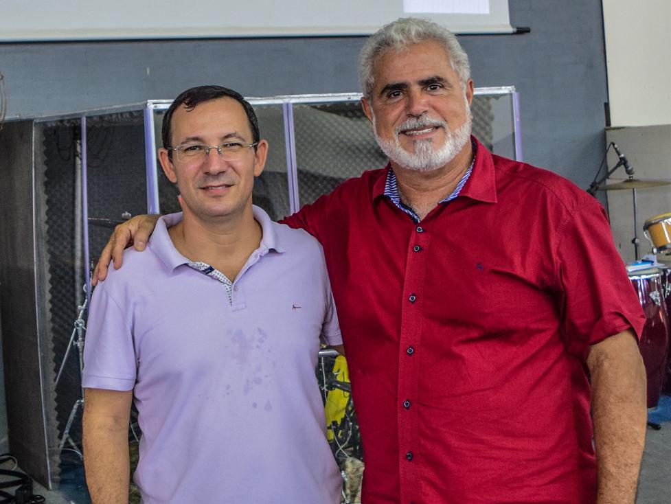 PR. LUCIANO ESTEVAN GOMES